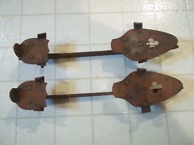 Vtg Antique Old Primitive Rustic Decor Display Metal Ice Skates