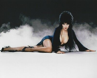 Elvira Mistress of the Dark 8x10 Photo Cassandra Peterson Picture Movie Macabre