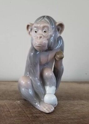 Retired LLADRO PAINFUL MONKEY ~ 5018 ~ Mint Condition Animal