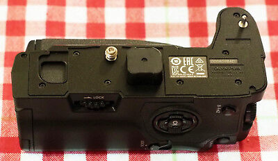 Olympus HLD-9 Battery/Verical grip for E-M1 mk ii: Fully tested Works Perfectly!