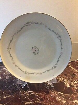 """Signature Collection """" Petite Bouquet"""" China Dinner Plate"""