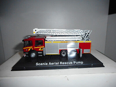 Scania Aerial Rescue Pump Fire Pompiers Bomberos Atlas 1:72 Hard Box