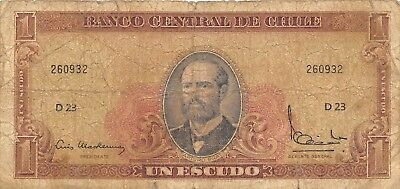 Chile  1  Escudo   ND. 1962  P 135d  Series  D 23  Circulated Banknote BW