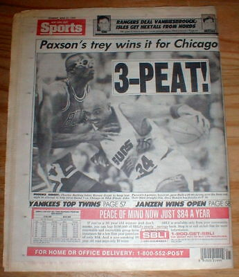 1993 newspaper CHICAGO BULLS WIN 3RD BASKETBALL CHAMPIONSHIP with MICHAEL JORDAN