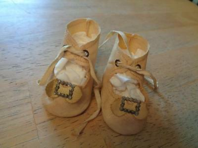 """1 Pair Vintage Oil Cloth  Doll Shoes 2.5"""" Long~USED~#5"""