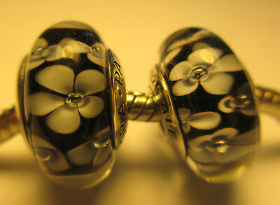 2 Pandora Silver 925 Ale Black Field of Daisies Flower Murano Glass Beads Charms