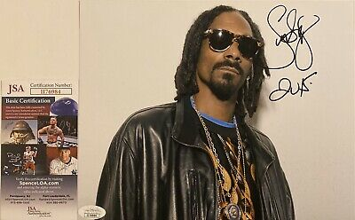 Music American Rapper Snoop Dogg Signed 8x10 Photo Psa Dna Ac66542 My Medicine