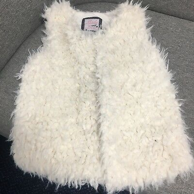 2 X Girls Gilets From F&F Both Aged 7-8 Years