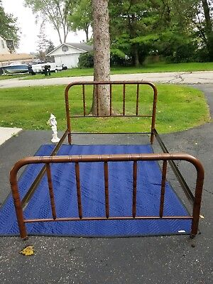 Simmons Company Antique Metal Bed Frame With Railings Style B