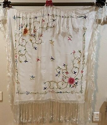 Antique Chinese Hand Embroidered Piano Shawl 70 X 76 Fringe 20 Cm For Child