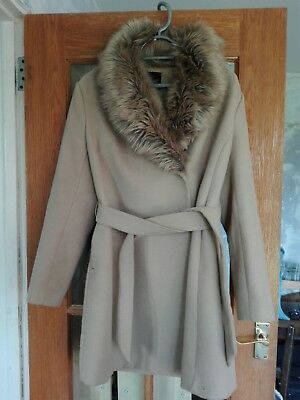 Light Brown Maternity Coat With Fur Size 12 New Look great condition