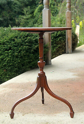 Diminutive Massachusetts Federal Candlestand, Candle Stand, Highest of Style!