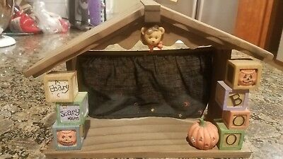 Cherished Teddies 'A BEARY SCARY NIGHT' Halloween Stage Decor - Hillman 1995