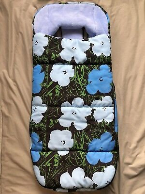 Lenka Custom Blue Poppies Footmuff