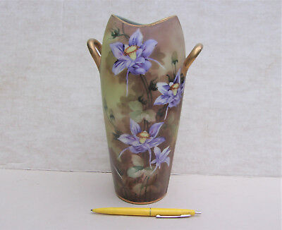 A Nice NIPPON Vase, Matte Finish, Handpainted Iris Flowers in Purple
