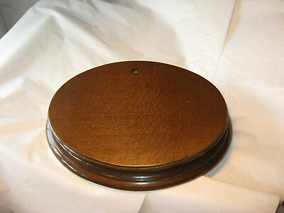 SOLID WOODEN DISPLAY PLINTH 28cm x 21cm, light oak ideal for taxidermy/china