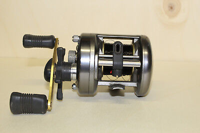 Angelrolle, Multirolle, Baitcastrolle, Shimano Corvalus Rechtshand CVL 300
