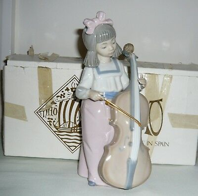 Nao by Lladro Porcelain 'Girl With Cello' Figure No 1879 (Boxed)