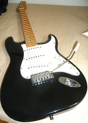Fender Strat Stratocaster org. USA, schwarz, maple neck Bj 96, vintage