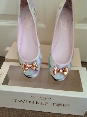 Ladies Ted Baker Twinkle Toes Hanging Gardens Flats Size 5 38 Worn Once