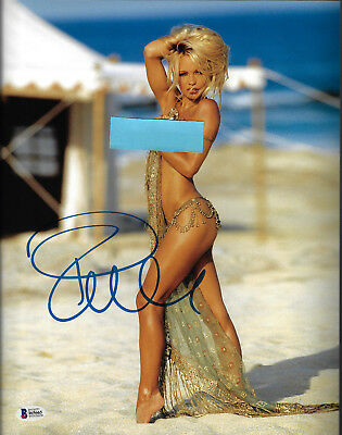 Pamela Anderson Signed 11x14 Photo - Pam Sexy Beach Hair Up Beckett BAS