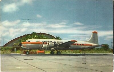 Aeronaves de Mexico DC-6 at Acapulco Airline Issue. Aviation Airplane Postcard