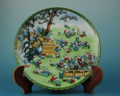 Chinese antique hand-made famille rose porcelain Hand painted child plate b01