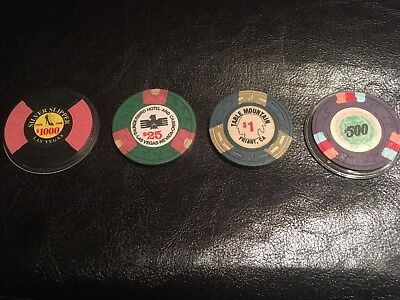 Set of 4 vintage casnio chips