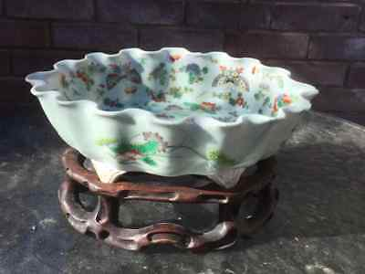 Chinese Daoguang Famile rose on Celadon ground Fruit bowl with stand