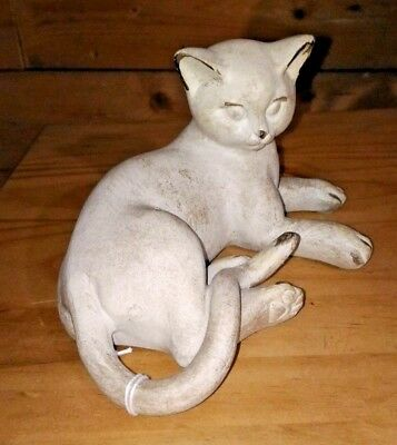 FIGURINE Chat couché