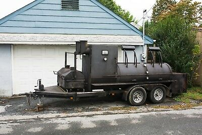 22' Klose BBQ Portable Smoker Catering Concessions Food Truck with log splitter