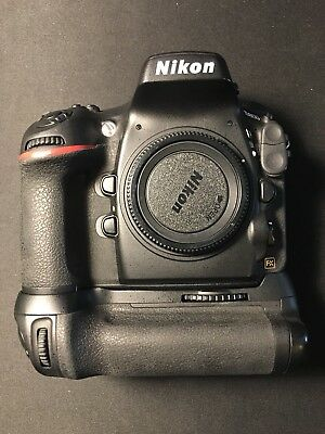 Nikon D800 Camera with MB-D12 Battery Grip Pack