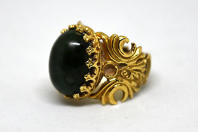 Vintage Chinese 14K Solid Yellow Gold and Spinach Jade Ring 5 3/4