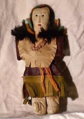 """Native American Indian Vintage Leather Doll 8"""" Great Condition"""
