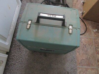 filmosound projector 1592 Bell & Howell 16mm