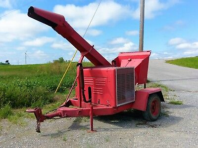 Fitchberg gas powered wood chipper V-8 ford engine rebuilt runs and works good