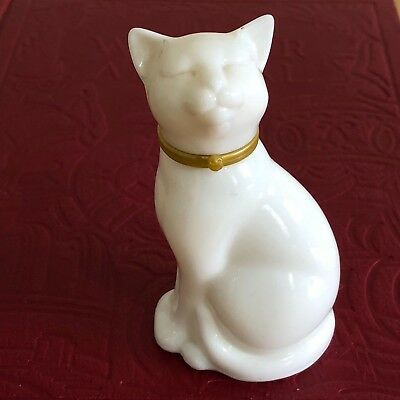 Vintage AVON WHITE CAT Perfume Bottle – White Glass Cat
