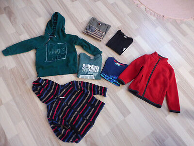 LOT VETEMENTS GARCON 4 ANS : polaire, sweat, haut, etc..