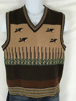 Vintage Montgomery Ward Men's L Acrylic Duck Hunting Knit Vest Flying Ducks