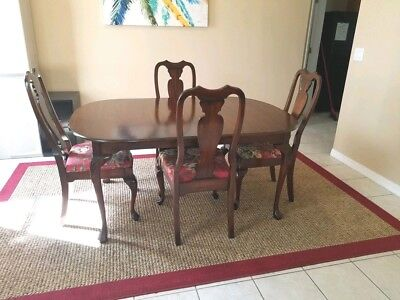 Dining Room Table with 4 chairs-Drexel-Queen Anne Style- Vintage-NICE😎😎😎😁