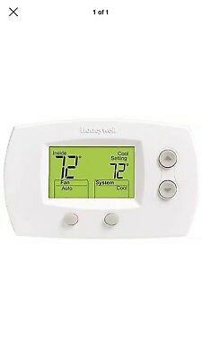 HONEYWELL FOCUSPRO 5000  Non-Programmable Digital Thermostat, 2H/2C TH5220D1003