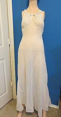 SILK ? ANTIQUE/VINTAGE NIGHTGOWN by MONDAINE Lace and Ribbon Sz 32