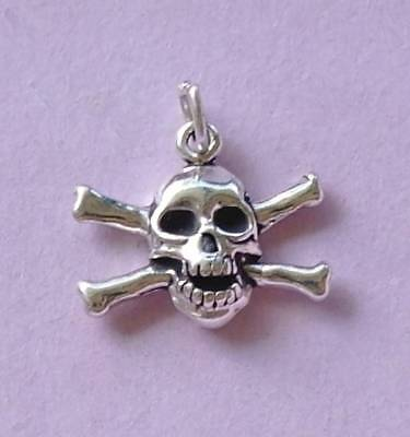 Skull and Crossbones sterling silver charm .925 x 1 Pirates charms SSLP4093