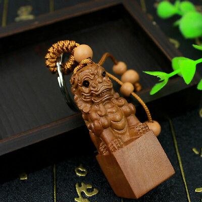 Chinese Foo Dog Wood Carving Lion 3D Carved Statue Sculpture Key Chain Keyring