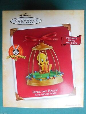 HALLMARK 2004 Looney Tunes TWEETY Deck The Halls MUSIC & VOICE ORNAMENT-NIB+pt