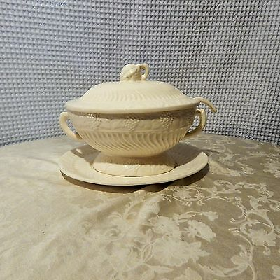 Vintage! 4Pc. Set of California Pottery Soup Tureen Milk Glass Panel Grape 782#