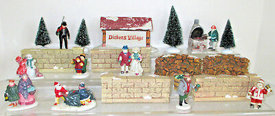 Department 56 Dickens Village Lot Sign Blacksmith 16 Pieces