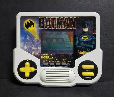 https://www.picclickimg.com/d/l400/pict/273484799342_/Vintage-BATMAN-Handheld-Electronic-Game-by-Tiger-Electronics.jpg