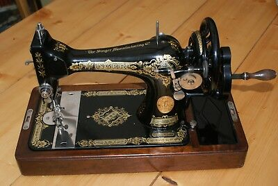A Vintage Retro Singer Sewing Machine With Case Model 28K Circa 1928