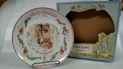 """The World of Peter Rabbit """"Merry Christmas"""" 1996 Annual Plate, Wedgwood England"""